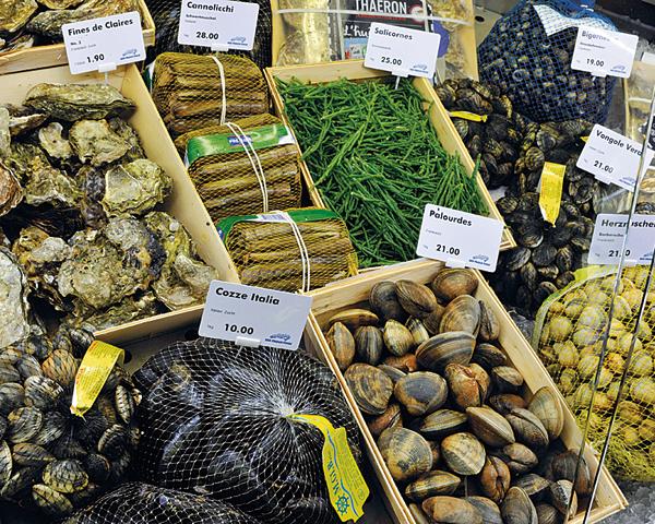 Fisch-Einkauf Muscheln